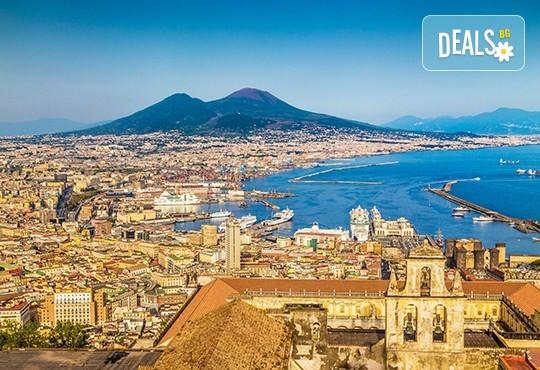 Екскурзия до Южна Италия: 3 нощувки със закуски в Неапол, транспорт, ферибот и водач