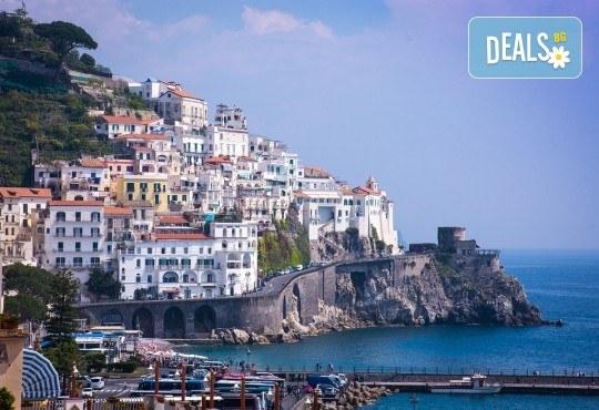 Екскурзия до Южна Италия - Алберобело и Неапол! 3 нощувки със закуски, транспорт, ферибот, възможност за тур до Везувий, Помпей, Амалфи, Соренто, Позитано, Бриндизи - Снимка 11