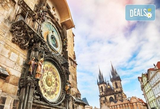 Юли до Прага, Будапеща и Виена: 5 нощувки и закуски, транспорт и водач