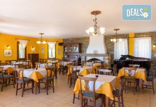 Посрещнете Великден в слънчева Гърция! 3 нощувки със закуски и вечери, Великденски обяд с жива музика, агнешко печено, напитки, транспорт и водач! - Снимка 8
