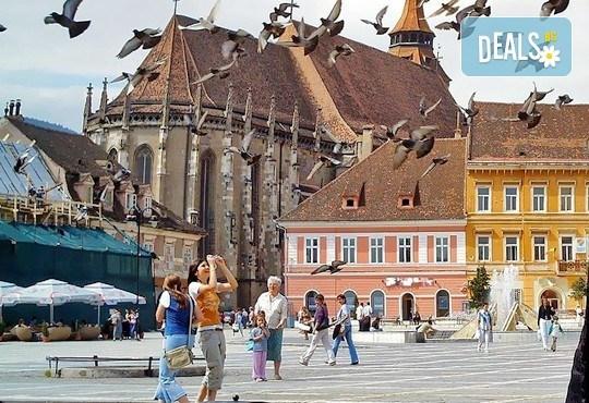 Екскурзия през май до Румъния! 2 нощувки със закуски в Hotel Bulevard 2* в Синая, транспорт, екскурзовод и програма в Букурещ! - Снимка 15