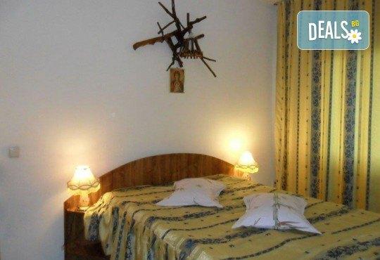 Екскурзия през май до Румъния! 2 нощувки със закуски в Hotel Bulevard 2* в Синая, транспорт, екскурзовод и програма в Букурещ! - Снимка 16