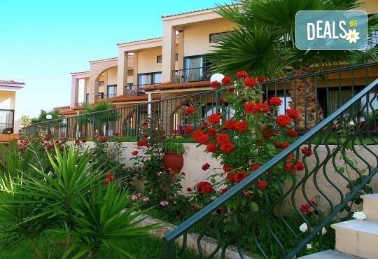 All inclusive почивка за 24 май в Гърция, Халкидики! 3 нощувки All във Village Mare 4*, Ситония, транспорт и водач от Травел Мания! - Снимка 2
