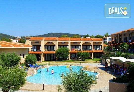 All inclusive почивка за 24 май в Гърция, Халкидики! 3 нощувки All във Village Mare 4*, Ситония, транспорт и водач от Травел Мания! - Снимка 1