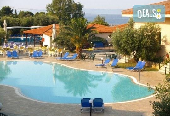 All inclusive почивка за 24 май в Гърция, Халкидики! 3 нощувки All във Village Mare 4*, Ситония, транспорт и водач от Травел Мания! - Снимка 9