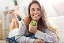 Почистване на зъбен камък и плака и полиране на зъбите с Air Flow + обстоен преглед и план за лечение от Дентален кабинет Казбек! - Снимка