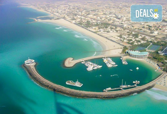 През май в Дубай: 4 нощувки и закуски в х-л 4*, самолетен билет, такси и трансфери