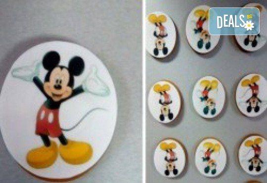 За Великден! Бисквити със снимка за празници: Великден, Цветница или Рожден ден, от майстор-сладкарите на Muffin House! - Снимка 1