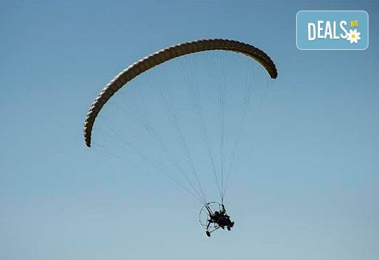 Тандемен полет с двуместен парапланер на 5 км от София + заснемане с HD GoPro action камера от Extreme sport! - Снимка 2
