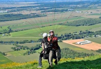 Тандемен полет с двуместен парапланер на 5 км от София + заснемане с HD GoPro action камера от Extreme sport! - Снимка