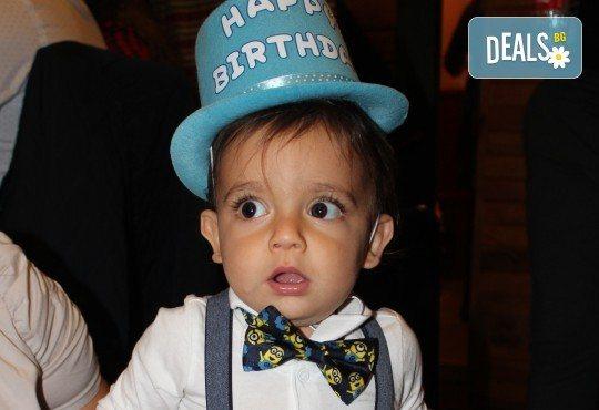 Фото заснемане нa рожден ден, имен ден, детско парти или юбилей - до 1 час, с неограничен брой кадри, фотосесия и подарък DVD - Снимка 2