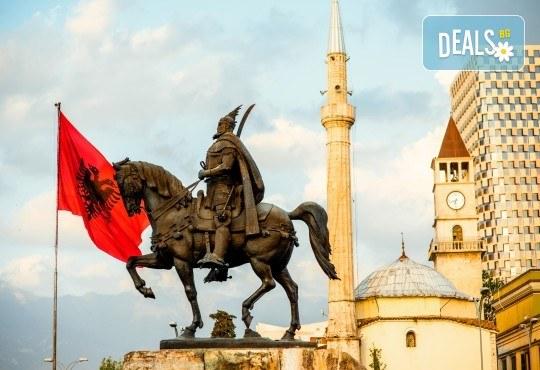 Екскурзия за 24 май до Охрид, Скопие, Тирана и Дуръс! 2 нощувки със закуски, транспорт и екскурзовод от Поход! - Снимка 1