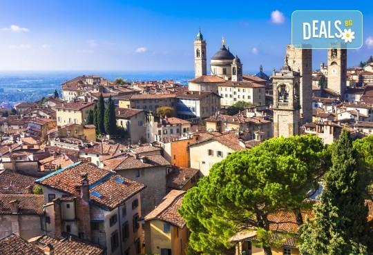 До Верона и Бергамо през юни: 3 нощувки и закуски, самолетен билет, водач