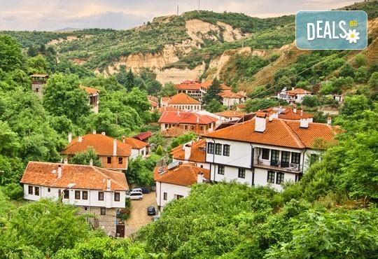 До Мелник, Рупите и Солун: 1 нощувка със закуска, транспорт и екскурзовод