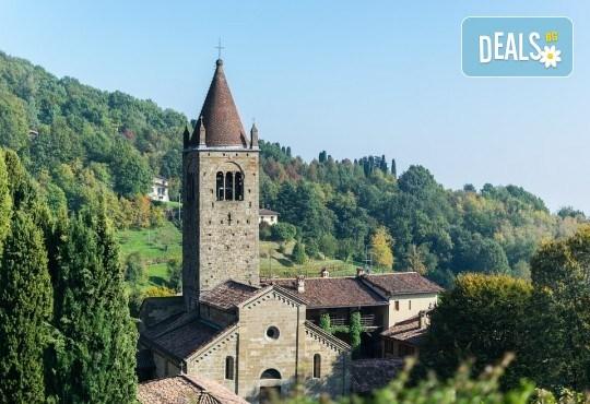 Вижте Милано и Перлите на Френската ривиера през октомври с Дари Травел!! 4 нощувки със закуски, самолетни билети с летищни такси, водач и обиколки в Милано, Бергамо - Снимка 7