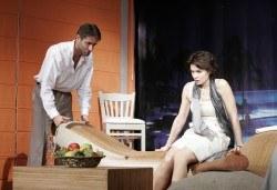 Вечер на смеха с Канкун от Ж. Галсеран на 13-ти май (понеделник) в Малък градски театър Зад канала! - Снимка
