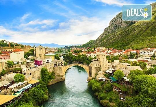 През есента до Будва, Мостар, Сараево и Дубровник: 4 нощувки, закуски, транспорт