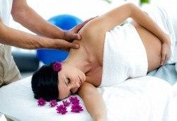 60-минутен релаксиращ масаж за бременни, лимфен дренаж на крака и рефлексотерапия на ходила в салон Женско Царство в Студентски град или в Центъра! - Снимка