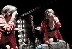 Гледайте Влади Люцканов и Койна Русева в Часът на вълците, на 10.05. от 19 ч., в Младежкия театър, сцена Бергман, билет за един! - Снимка