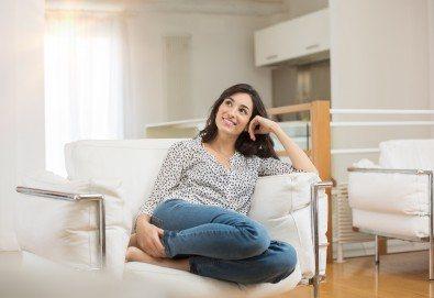 Двустранно измиване на прозорци на дом или офис до 70 или до 100 кв.м. + пране на мека мебел до 5 седящи места от Клийн Груп БГ! - Снимка