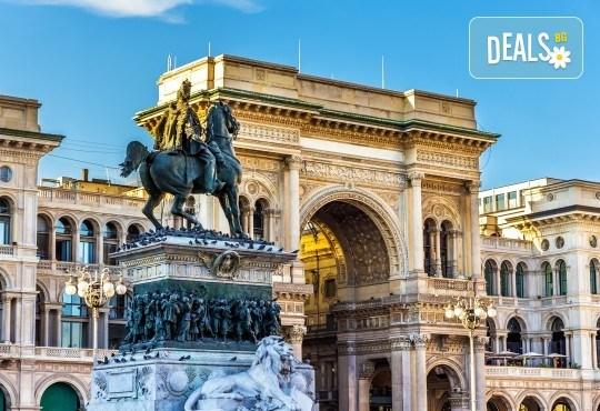 Италианска приказка през юли! Екскурзия с 3 нощувки и закуски, самолетен билет с летищни такси, посещение на Верона и Милано и екскурзоводско обслужване! - Снимка 3