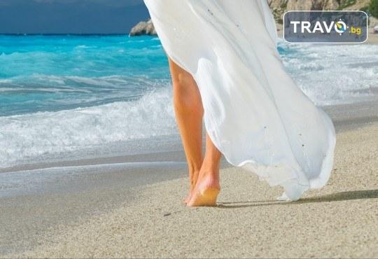 Екскурзия през септември или октомври до о. Лефкада, Гърция: 3 нощувки със закуски, транспорт и посещение на плажа Агиос Йоаннис с вятърните мелници! - Снимка 7