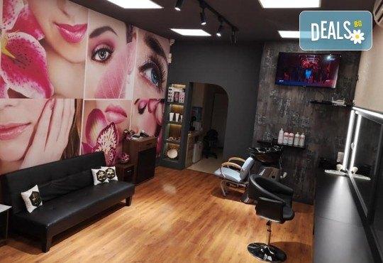 Нова колористика! Подстригване + боядисване с професионални италиански бои с кератин комплекс, подхранваща маска и прическа със сешоар в Студио за красота BEAUTY STAR до Mall of Sofia! - Снимка 5