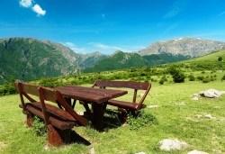 Двудневна екскурзия през юни до Райското пръскало и връх Ботев! 1 нощувка в хижа Рай, транспорт и планински водач! - Снимка