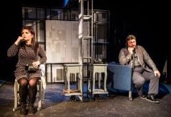 """Гледайте великолепните Герасим Георгиев Геро и Елена Атанасова в """"Двама на люлката"""" на 16 май, от 19.00 ч, Театър Сълза и Смях, 1 билет - Снимка"""