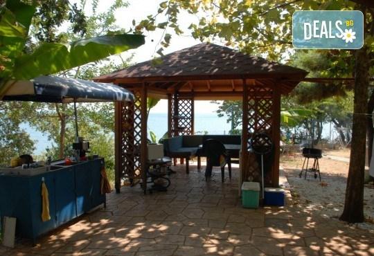 На плаж и риболов в Гърция! 2 нощувки със закуски в Camping Agiannis, транспорт и водач от Валента ВИП Травел! - Снимка 6