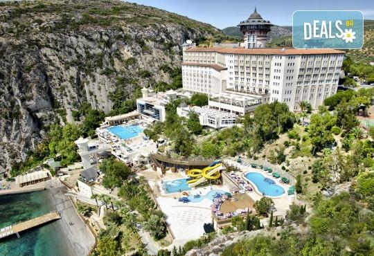 Ранни записвания за почивка в края на лятото в Ladonia Hotels Adakule 5*, Кушадасъ! 5 нощувки на база Ultra All Inclusive, безплатно за дете до 12.99г., възможност за транспорт - Снимка 1