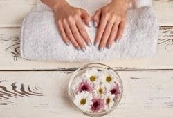 Гел върху естествен нокът за укрепване и здравина, класически или френски маникюр с шведски лакове Depend, 2 декорации и бонус: масаж на ръце от Beauty center D&M! - Снимка
