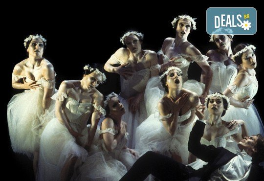 Кино Арена представя операта ФАУСТ, постановка на Дейвид Маквикър, спектакъл на Кралската опера в Лондон! Гледайте на 29 май, 1 и 2 юни, в кината в София! - Снимка 2
