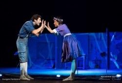На театър с децата! Гледайте новата приказка Хензел и Гретел на 15.06. от 11 ч. в Младежки театър, голяма сцена! Билет за един - Снимка