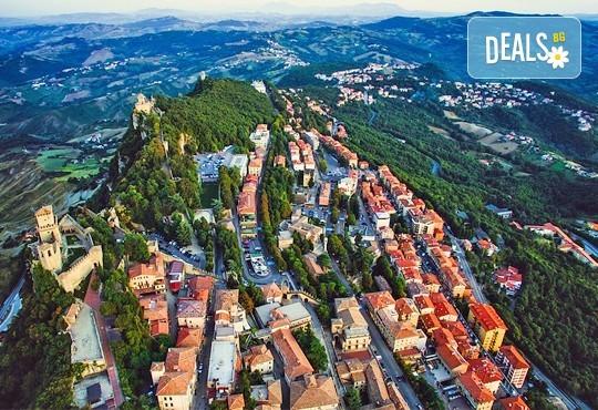 Класическа Италия през септември: 7 нощувки, 7 закуски, 5 вечери в хотели в Загреб, Лидо ди Йезоло, Рим, Флоренция, Верона, транспорт и програма в Пиза и Сан Марино! - Снимка 19
