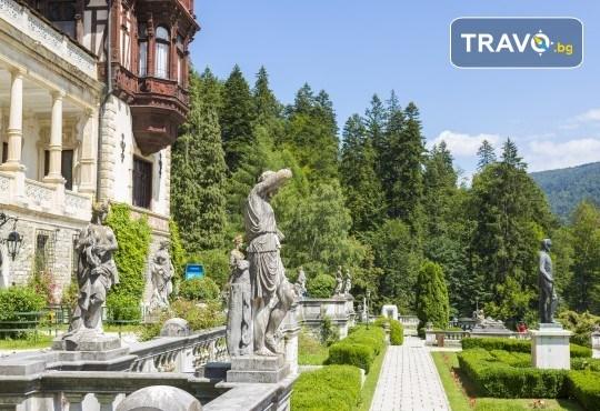 За 22 септември в Румъния! 2 нощувки със закуски в Синая, транспорт, посещение на двореца Пелеш! - Снимка 2
