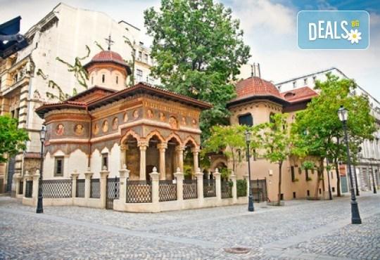 За 22 септември в Румъния! 2 нощувки със закуски в Синая, транспорт, посещение на двореца Пелеш! - Снимка 10