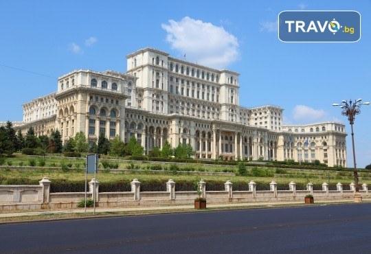 За 22 септември в Румъния! 2 нощувки със закуски в Синая, транспорт, посещение на двореца Пелеш! - Снимка 9
