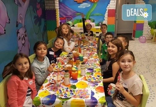 2 часа парти за до 5 деца с украса, аниматори, дискотека, подарък за рожденика, кетъринг и напитки от Детски парти център АбракадабрА! - Снимка 2