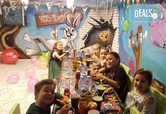2 часа парти за до 5 деца с украса, аниматори, дискотека, подарък за рожденика, кетъринг и напитки от Детски парти център АбракадабрА! - Снимка 3