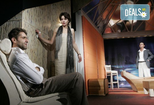 Вечер на смеха с Канкун от Ж. Галсеран на 13-ти юни (четвъртък) в Малък градски театър Зад канала! - Снимка 1