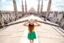 Екскурзия до Милано, Италия, с Дари Травел! Самолетен билет, 4 нощувки със закуски в хотел 2/3*, водач, обиколка в Милано и възможност за посещение на езерата Комо и Лугано! - Снимка