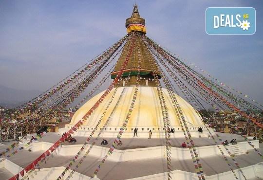 Пътуване до Непал с водач с български език! Самолетен билет, летищни такси и включен багаж, всички трансфери, 9 нощувки пълен пансион, екскурзии, входни такси, възможност за полет над Еверест - Снимка 4