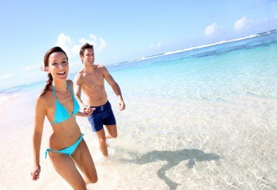 Кадифено докосване! Кола маска на цели крака за жени или мъже в Senses Massage & Recreation! - Снимка