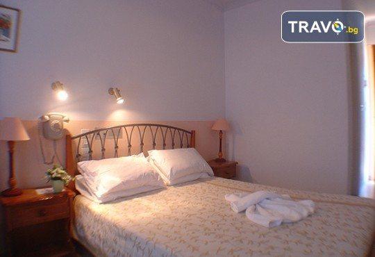 Слънчева почивка през юни или септември в Hotel Sunrise 2* на о. Лефкада! 5 нощувки със закуски, транспорт и екскурзовод! - Снимка 6