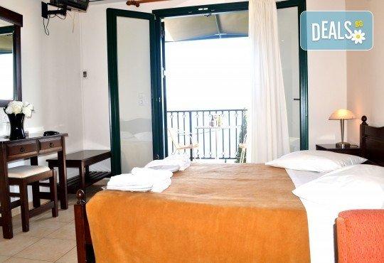 Лятна почивка в Hotel Vergina Star 2* на о. Лефкада! 5 нощувки със закуски, транспорт, екскурзовод и медицинска застраховка! - Снимка 5