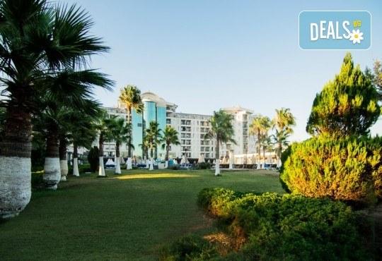 Късно лято в Didim Beach Elegance Aqua & Thermal 5*, Турция, с Глобус Холидейс! 5 или 7 нощувки All Inclusive, безплатно за дете до 12.99 г, възможност за транспорт - Снимка 19