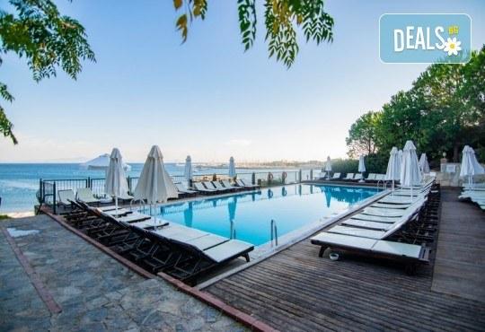 Късно лято в Didim Beach Elegance Aqua & Thermal 5*, Турция, с Глобус Холидейс! 5 или 7 нощувки All Inclusive, безплатно за дете до 12.99 г, възможност за транспорт - Снимка 18