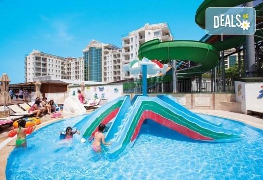 Късно лято в Didim Beach Elegance Aqua & Thermal 5*, Турция, с Глобус Холидейс! 5 или 7 нощувки All Inclusive, безплатно за дете до 12.99 г, възможност за транспорт - Снимка 16