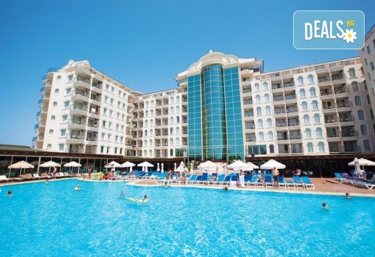 Късно лято в Didim Beach Elegance Aqua & Thermal 5*, Турция, с Глобус Холидейс! 5 или 7 нощувки All Inclusive, безплатно за дете до 12.99 г, възможност за транспорт - Снимка 1